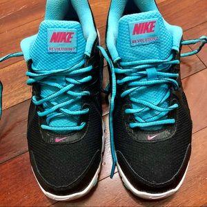 Nike Revolution 2 Women's Running Sneakers